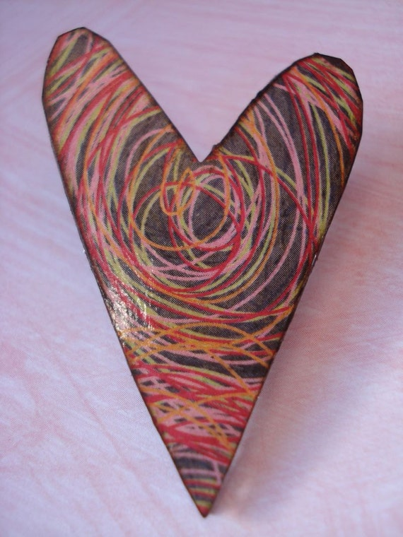 vaLeNtiNe scRibbLes aNd dOodLes heArt bRoOch