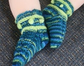 Oh Boy baby sock pattern