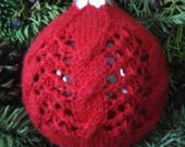 Deck the Balls with Lace -  Christmas ornament knitting Pattern