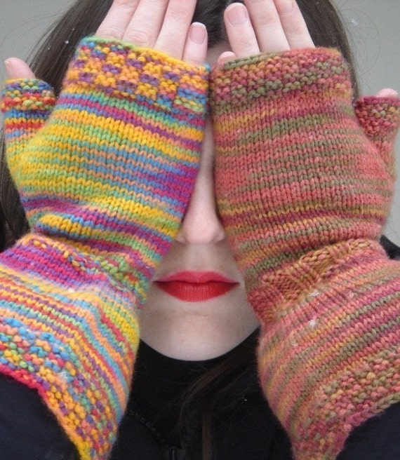 Knit Pattern Urban Gauntlet