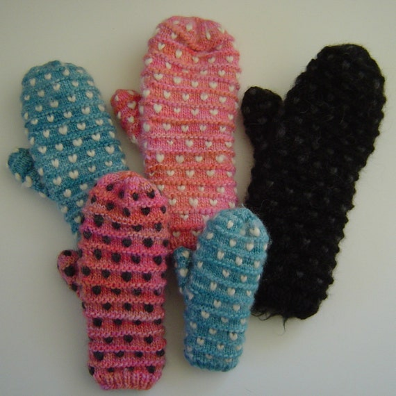 Knit Pattern - Fleece Thrum Mittens for the entire family