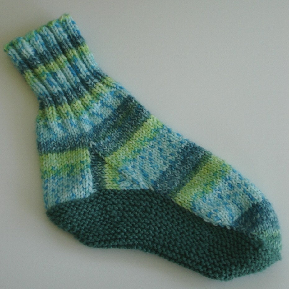 Slipper Patterns Knitting : Knitting Pattern Slipper Socks with Replaceable Sole