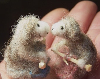Two Little knitting lambs Sheep nature dyed flock