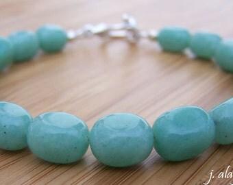Green Aventurine Bracelet. Green Quartz. Pebble Bracelet. Lucky Bracelet. Green Bracelet