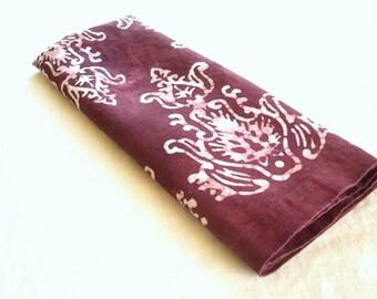 claret finials linen towel