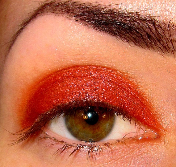 Heartburn Eyeshadow Mineral makeup (Warm Red) Love on the Rocks collection