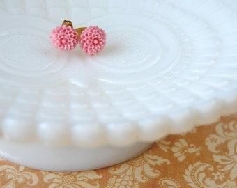 mum's the word-powder pink mum flower post earrings