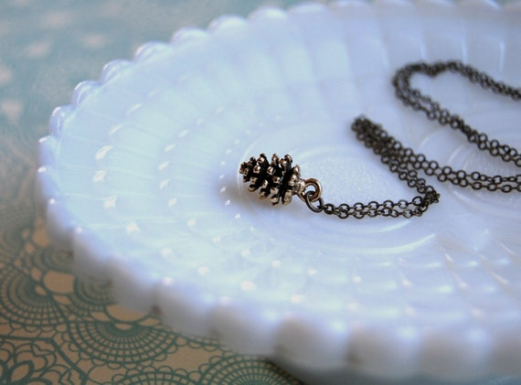 pinecone necklace-antique brass-woodland vintage