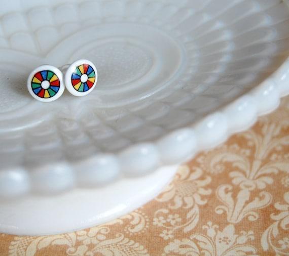 Color Wheel vintage glass post earrings