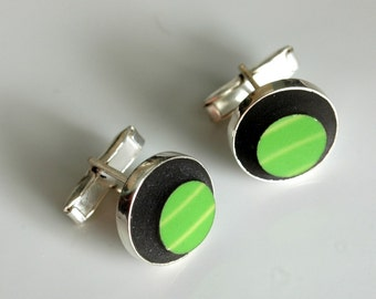 Simple Circle Silver Plated Cuff Links - Green Shamrock
