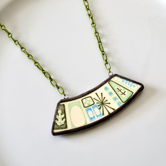 Wide Broken Plate Necklace - Green Mid Century Modern Atomic - Recycled China