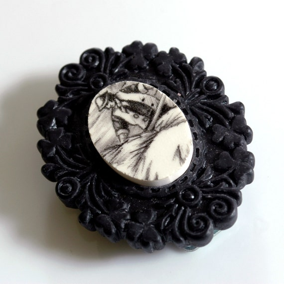 Recycled China Magnetic Brooch - Black and White Farmer