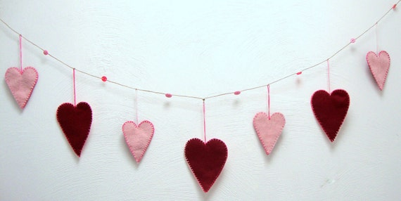 love - wedding banner - heart garland - hand stitched - eco felt - pink and ruby - (01)