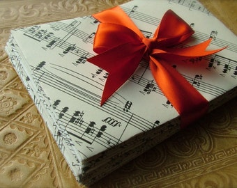 """10 Musiquelopes (4"""" x 5.5"""") from vintage sheet music - stationery set of envelopes & 20 upcycled writing papers"""