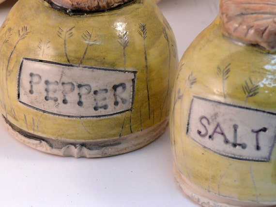 Yellow Handmade Salt and Pepper Shakers / Ceramic Salt Shaker / Pepper Shaker / Home Chef / couples gift for valentine's day or easter