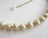 Captured Pearl Necklace - gold