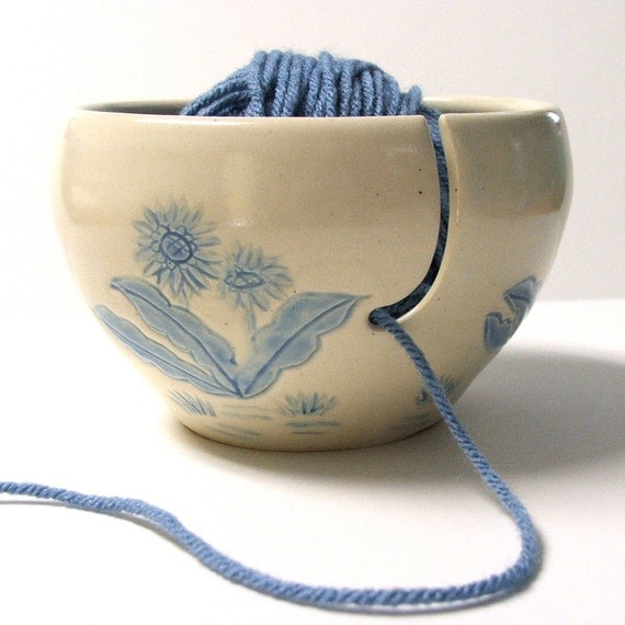 Yarn Bowl knitting bowl yarn holder Crochet by PotterybySumiko