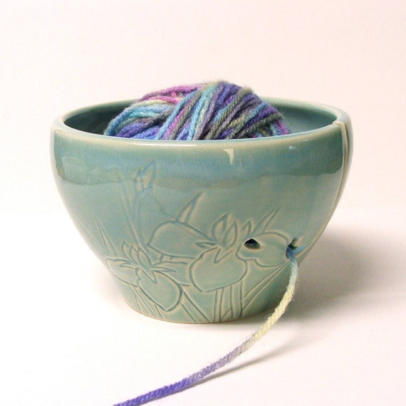 Knitting Yarn Bowl : Ceramic yarn bowl knitting holder