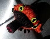 ooooo aka Ornery Octo-Ocular Ornithological Oddity (a knitting pattern)