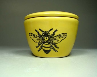 lidded bowl bee - Made to Order/ Pick Your Colour