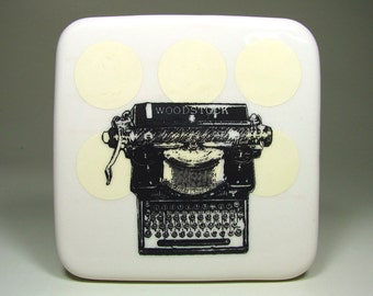 tile of a woodstock typewriter, made to order / pick your colour