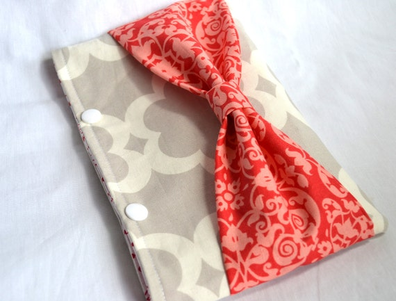 Snap Pouch Clutch with Bow - Gray Tile and Red Bow