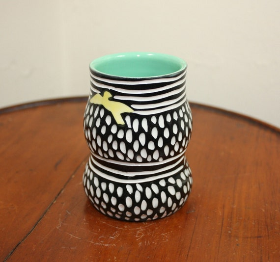 Porcelain Bird Silhouette cup tumbler vase
