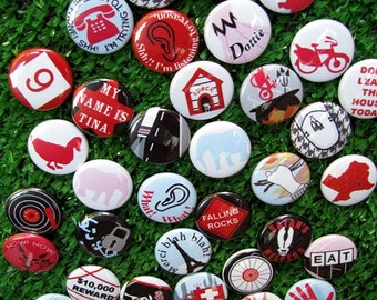 PEE WEE HERMAN button/magnet set
