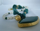 Turkish Silk Necklace Green and Pearl- Free Shipping