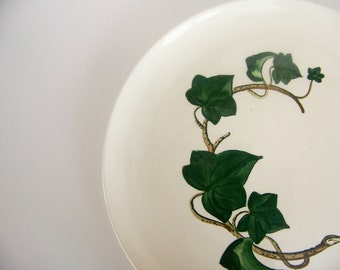 California Ivy Poppytrail Large 13 in Round Platter by Metlox