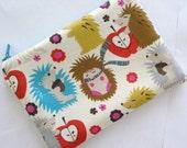 Hedgehog Meadow Small Zipper Pouch