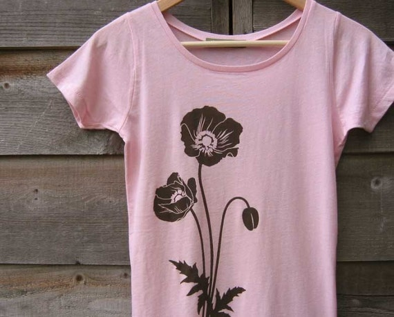 SALE 15% OFF - Organic T-shirt with Poppies - Women's Scoop Neck Pink
