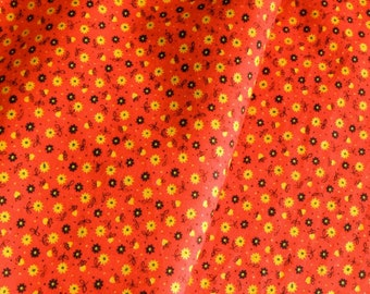 Vintage Fabric Red Calico Cotton Print Classic Retro Remnant 1 Plus Yard Quilting or Garment