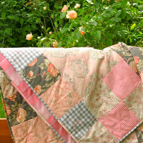 Bedding Home / Patchwork Quilt Cotton & Light Wool / Pink Gray Floral Gingham Quilts