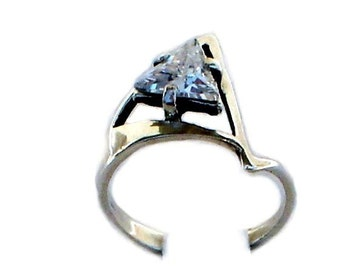 Diamond Triangle Phianite Sterling Silver Vintage Engagement Ring
