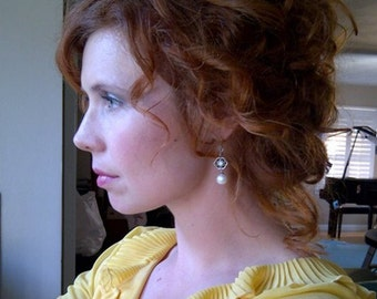 White Pearl and Swarovski crysta Earrings Sterling silver Bridesmaid Bridal Wedding Dangle earrings