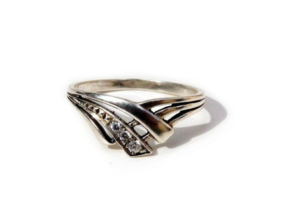 Diamond Set Ring Engagement Band Sterling Silver Wishbone Shaped Wedding Ring size 6.5