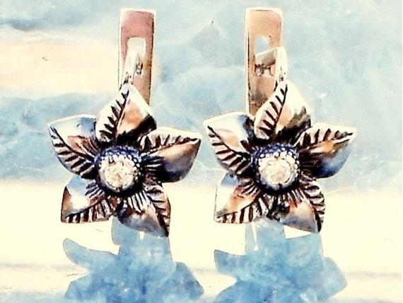 Antique Sterling Silver Diamond Earrings Europian lever back