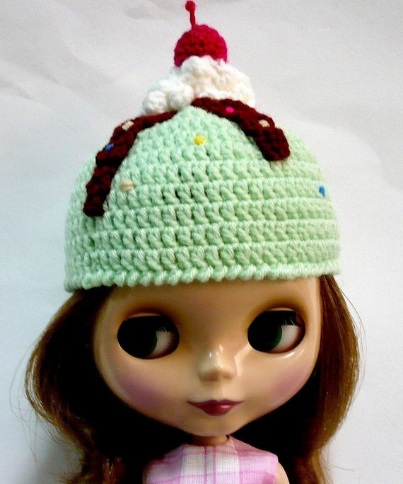 Crochet Hat Pattern For Blythe : Crochet for Blythe PDF Pattern for a Minty Choc Sundae Hat