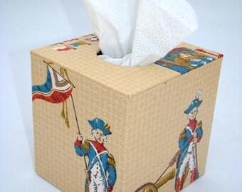 Revolutionary Colonial Kitsch 1960's Vintage Wallpaper Tissue Box Cover