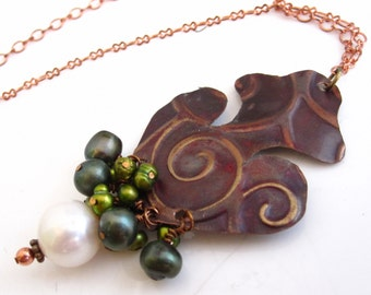 Pearl and Swirl Necklace