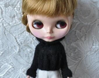 Babydoll Sweater for Blythe-Black