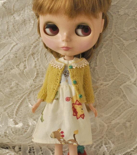 Cute cardigan for Dolls-Mustard