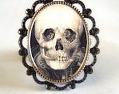 Victorian Elaborate Skull Illusion Momento Mori Imagery Silver Tone Filigree Ring NEW