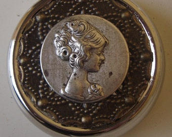 Victorian Goth Edwardian Art Nouveau Feminine Mystique Gibson Girl Pinup silhouette Pill Case Or Trinket Box