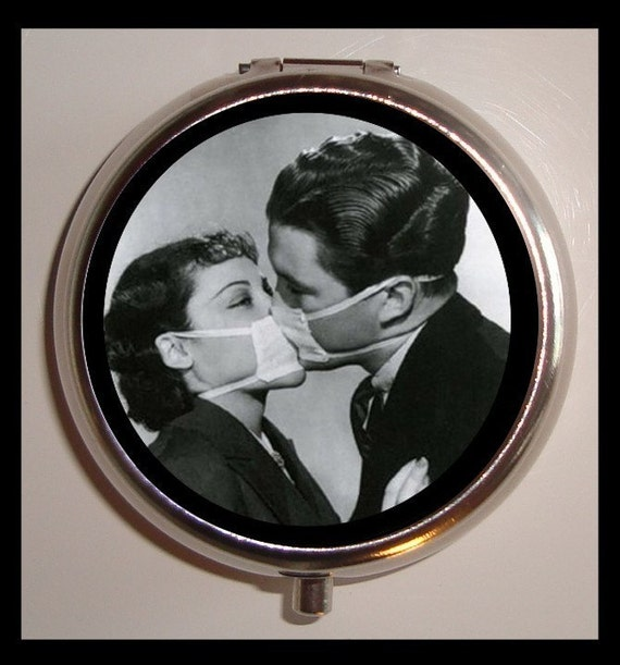 Couple Kissing in Medical Masks Pill Box Case Contagious