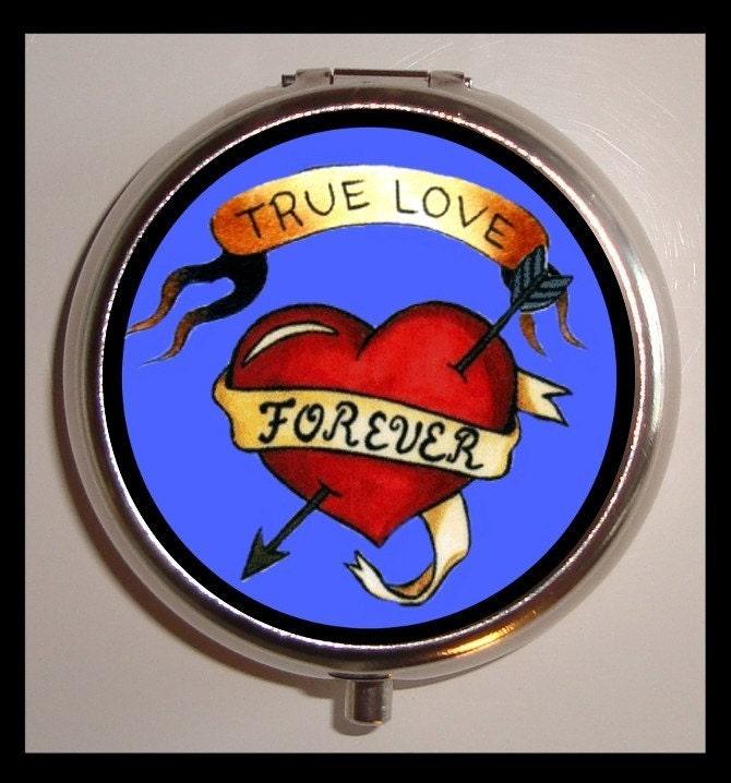 true love forever pill box tattoo design rockabilly pillbox. Black Bedroom Furniture Sets. Home Design Ideas
