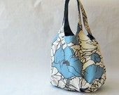 Tote bag blue flowers on natural