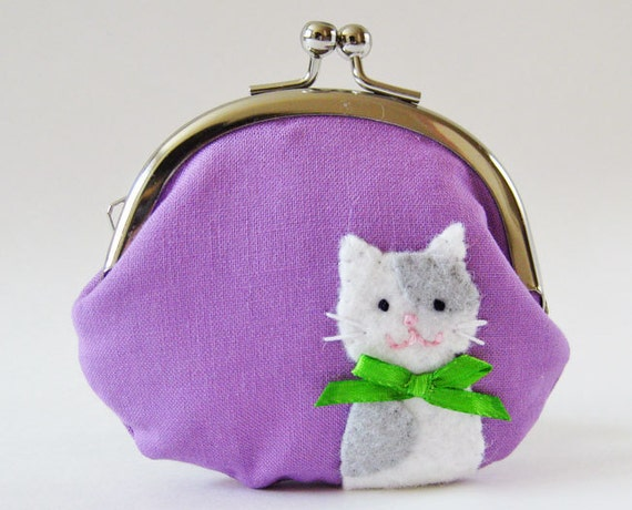 Coin purse cat on purple