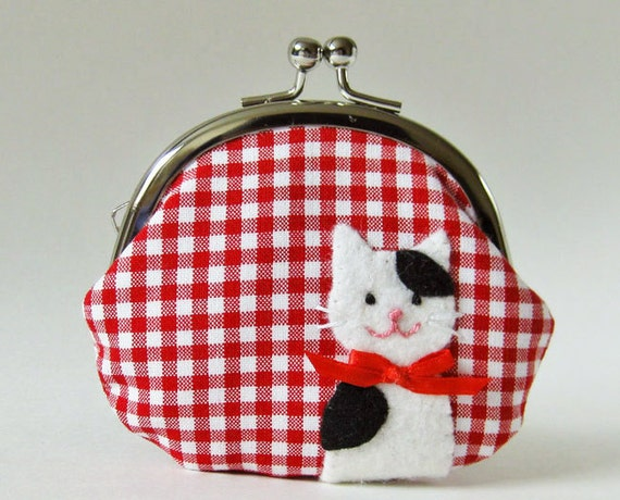 Coin purse black white kitty on red gingham